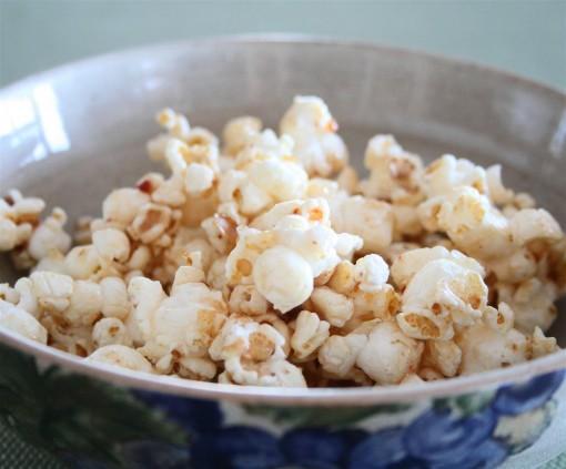 Sticky Date Popcorn 01