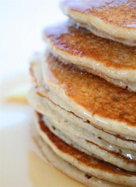 Vegan Banana Oatmeal Pancakes 04