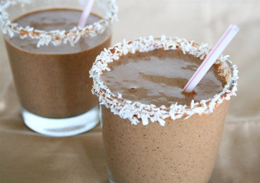 Chocolate Coconut Protein Smoothie 03