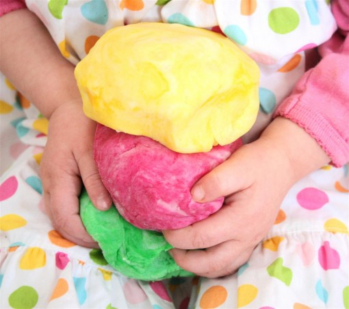 Play Dough 01