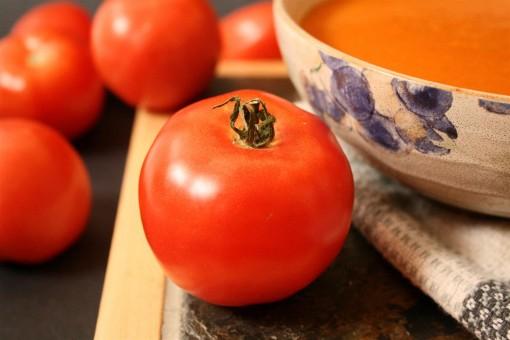 Creamy Vegan Tomato Soup 02