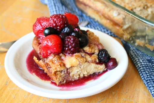 Low Carb German Pancake with Berry Sauce
